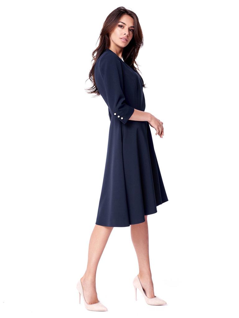 Sukienki na studniówkę – wyglądaj olśniewająco!